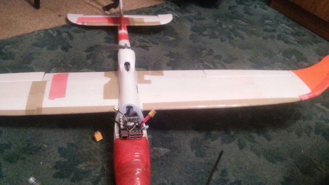 Беспилотный летательный аппарат своими руками