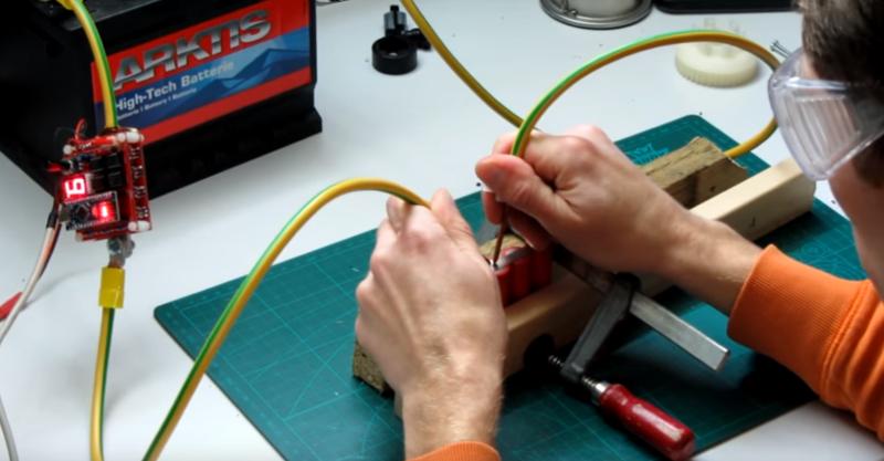 Сварочный аппарат из аккумуляторов