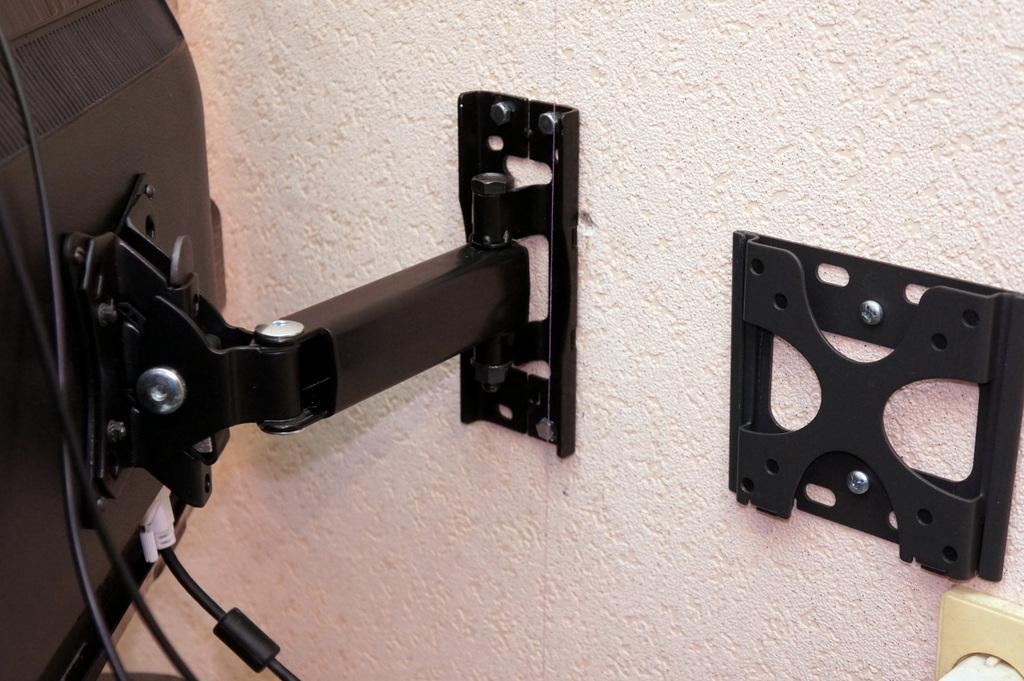 Крепление жк телевизора на стену своими руками 19