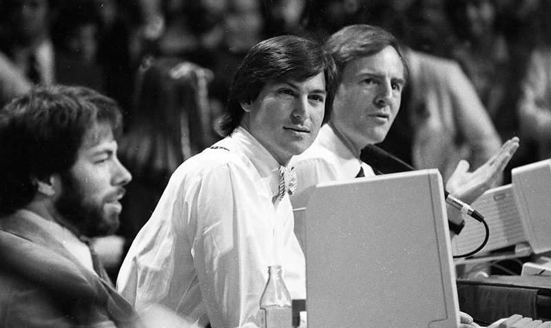 Фотография с презентации Apple 1984 года