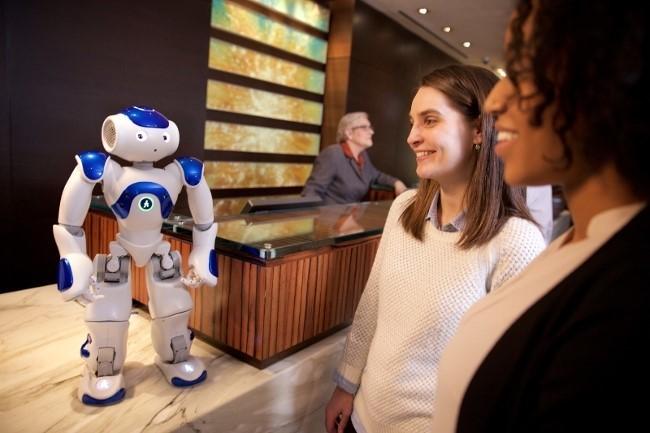 IBM и Hilton разработали робота-консьержа на основе когнитивной системы Wat ...