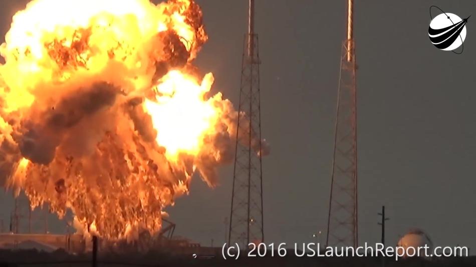 Гадаем о причинах и последствиях аварии Falcon 9 первого сентября