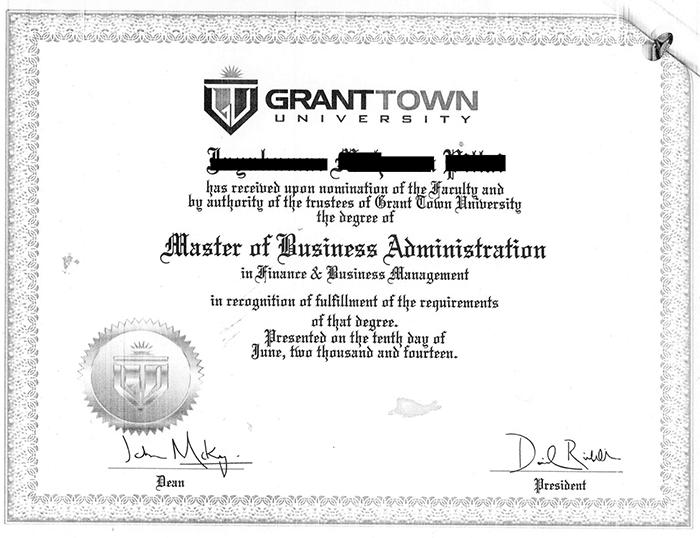 Компания продаёт фальшивые дипломы через онлайн университетов  С виду это настоящая образовательная империя сотни университетов и колледжей большой профессорский состав продвинутая система дистанционного образования