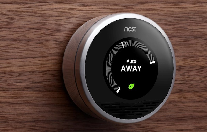 How to save by means of technologies of the smart house: thermostats and control of lighting
