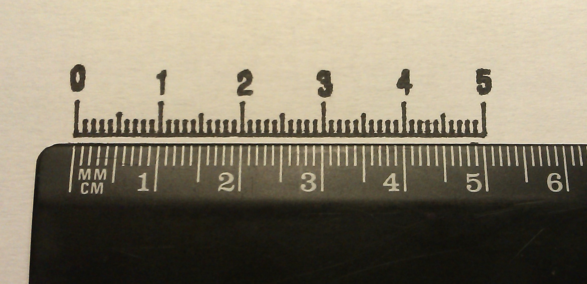 Comparing a plotter drawing with a ruler