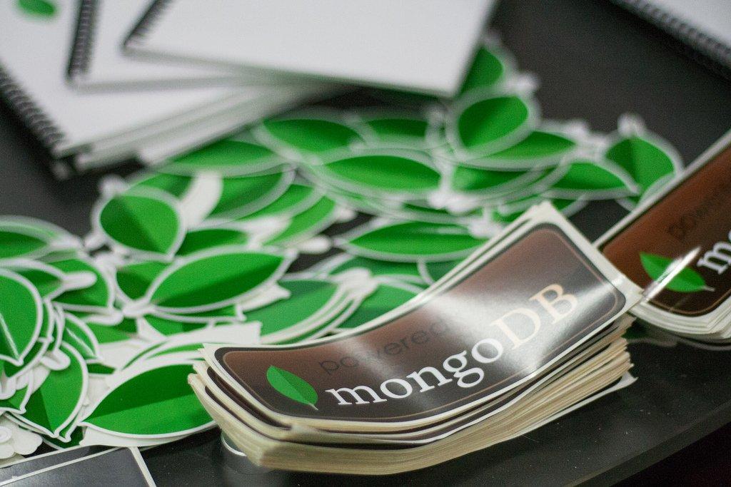 Ставили MongoDB с дефолтными настройками? Поздравляем, она абсолютно открыт ...