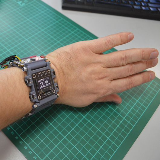 Наручные часы на основе Arduino, созданные на 3D-принтере за один субботний вечер