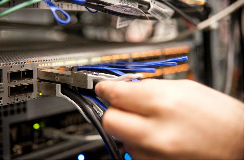 Как облегчить клиентам хостинга создание частных сетей и виртуальных сервер ...