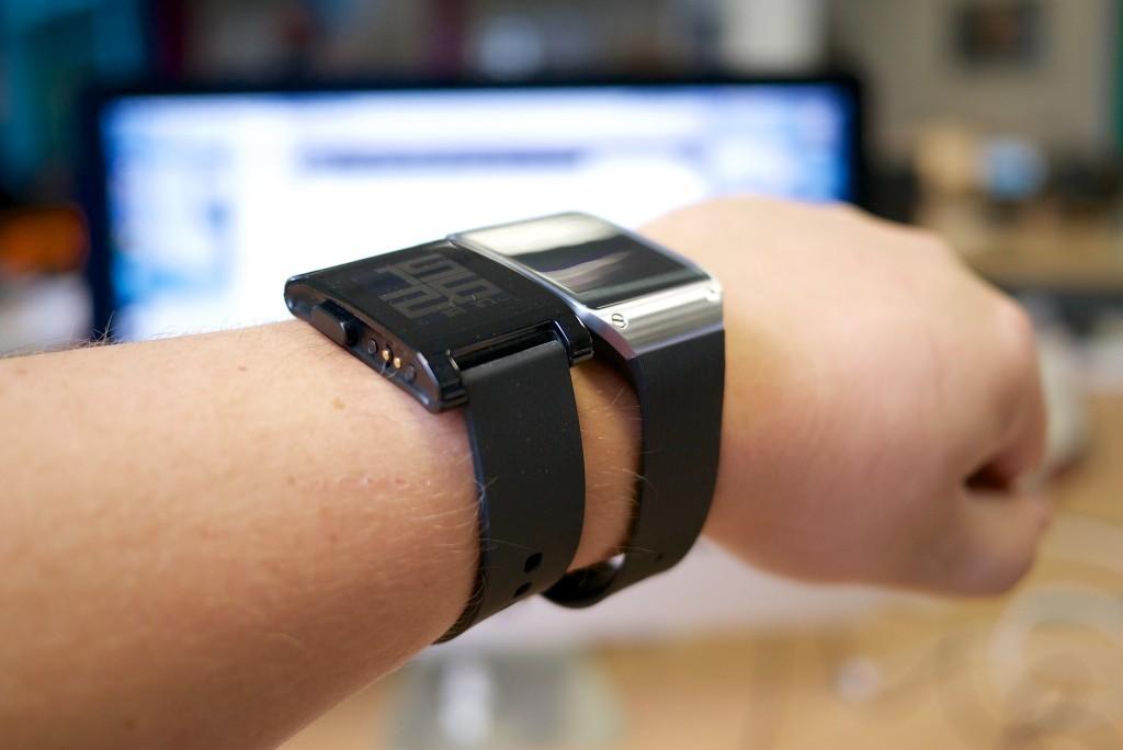 Осторожно, Ваши смарт-часы могут раскрыть то, что Вы делаете на Вашем компь ...