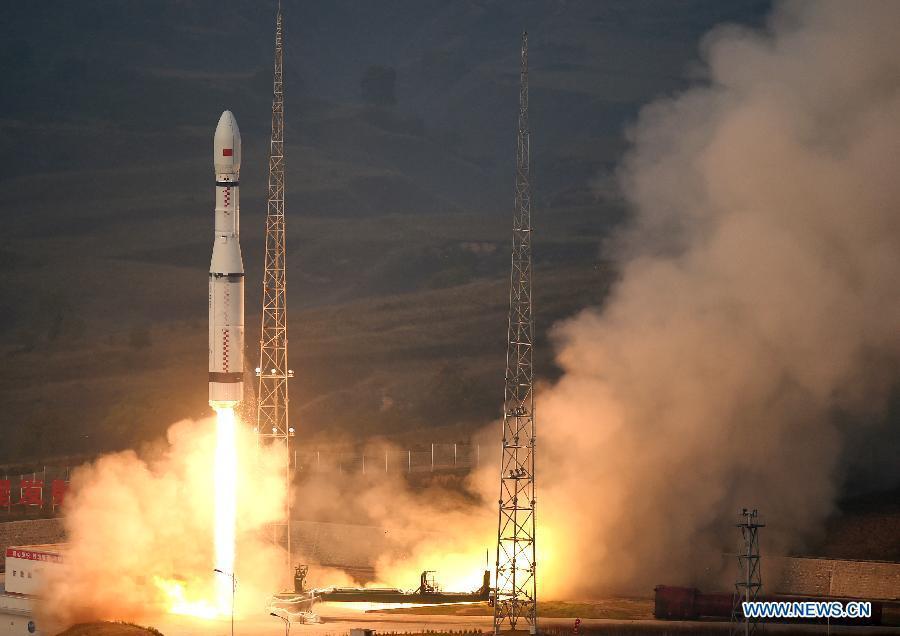 Китай успешно запустил ракету-носитель «Чанчжэн-6