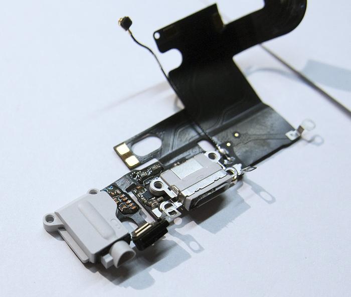 Схема шлейфов iphone 5