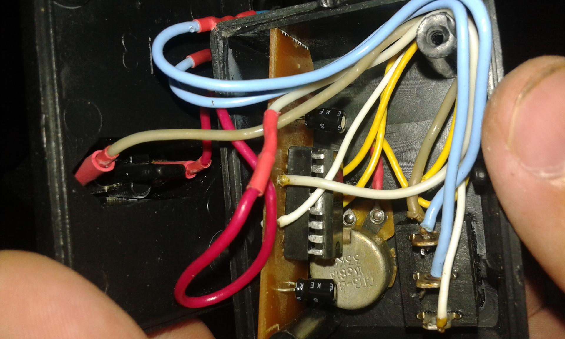 схема соединения электрокомпонентов физика