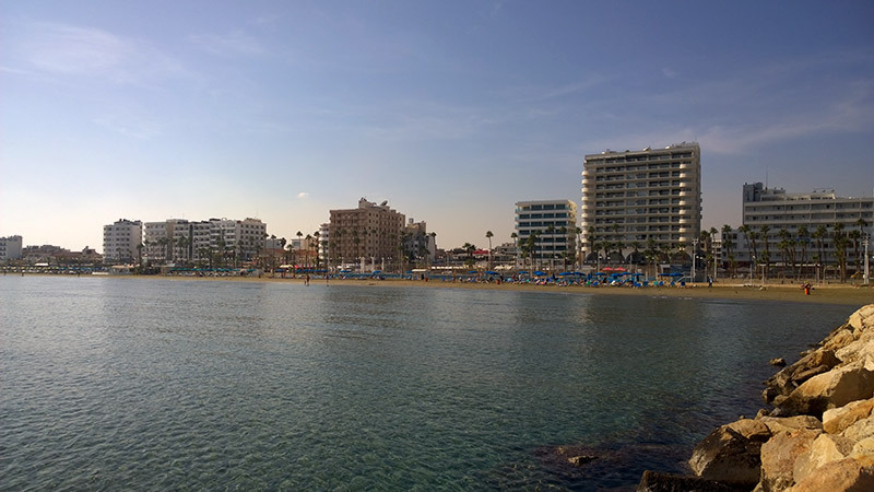 Осенний пляж Кипра