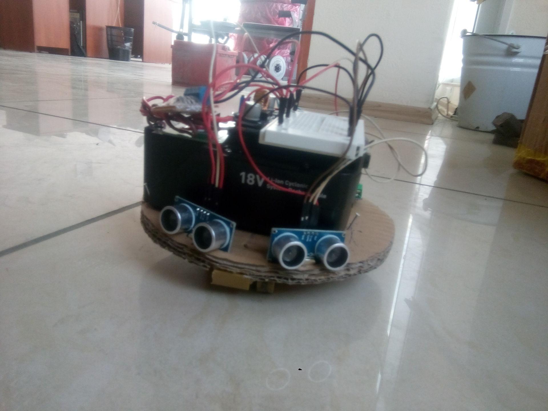 Робот собранный своими руками