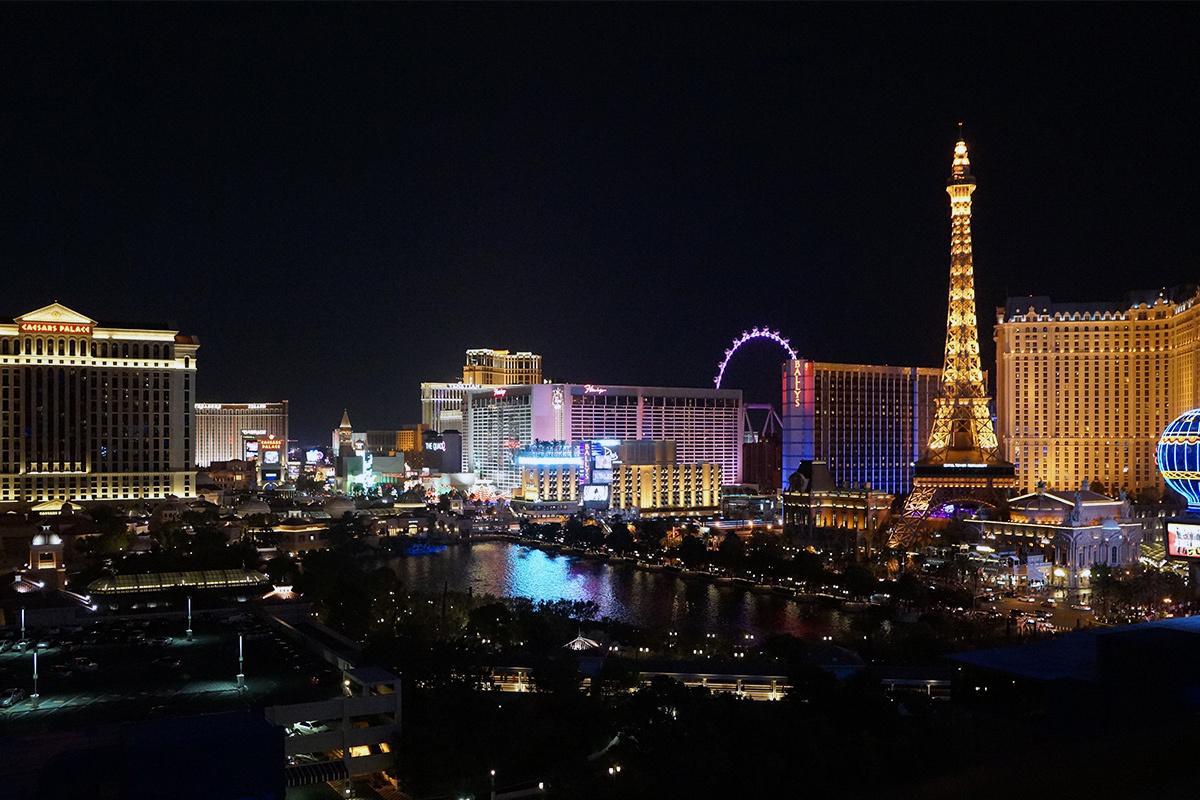 Вид из окна отеля Cosmopolitan в Лас-Вегасе