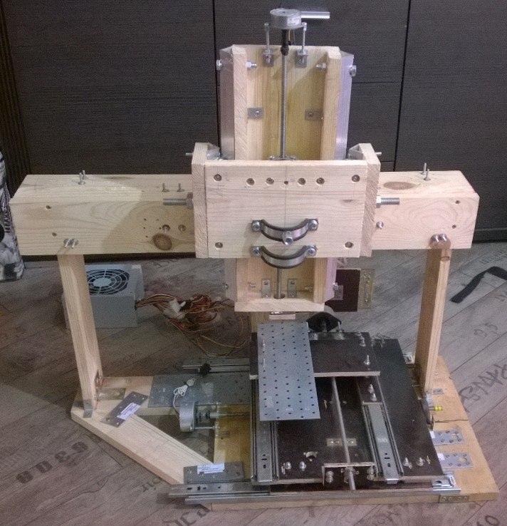 [Из песочницы] Делаем трехосевой фрезерный станок с число-программным управлением