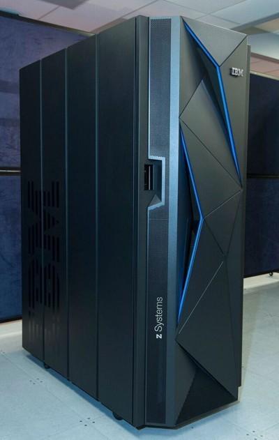 IBM представила новый мейнфрейм z13s для гибридных облаков