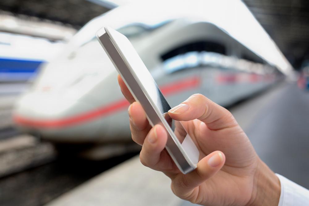 Стремление к нулю: как за четверть века менялись цены на мобильную связь