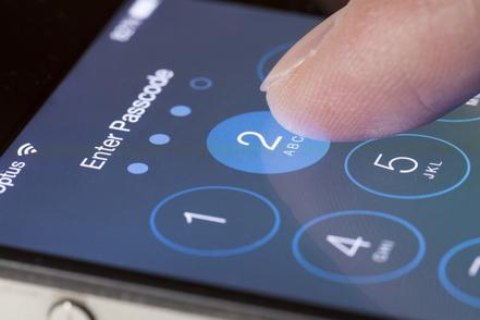 Отсутствие программы bug bounty сыграло с Apple злую шутку