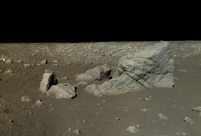 На Плутоне были обнаружены айсберги