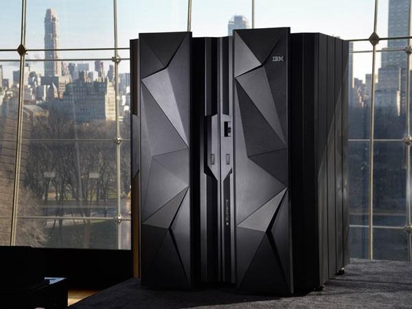 IBM представила новый мейнфрейм z13