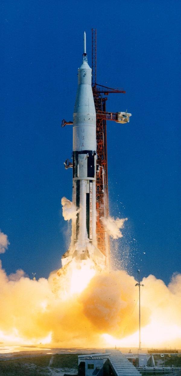 ПЗУ компьютера «Аполлон-3» нашли в мусоре