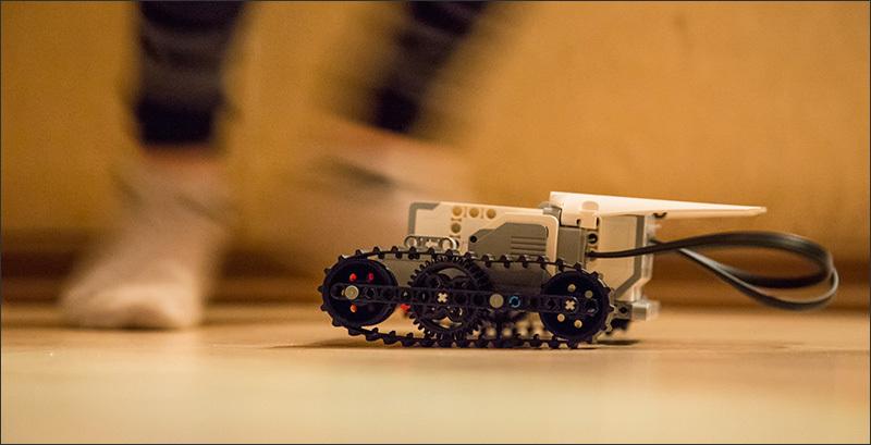LEGO Mindstorms EV3. Toy skaynt. Beginning / Geek magazine