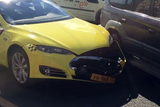 Хакеры снова атакуют Яндекс.Такси