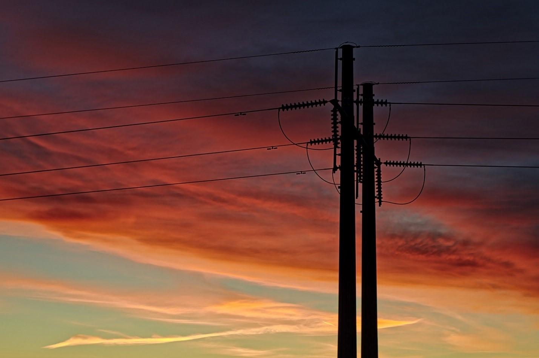 AT&T готовится запустить интернет по линиям электропередач