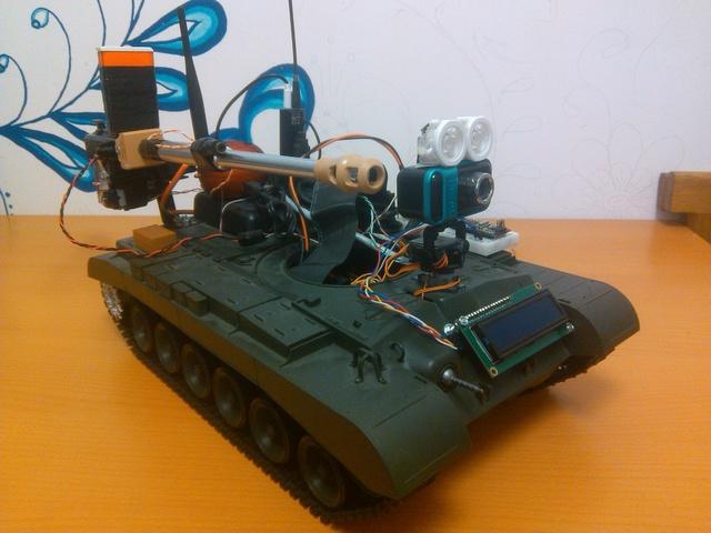 Строим роботанк с управлением по Wifi, камерой, пушкой, блекджеком и т.д
