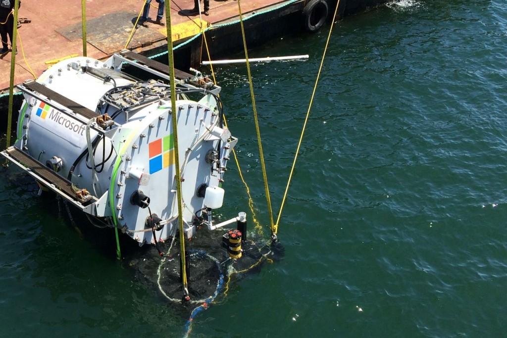 Microsoft тестирует дата-центры под водой