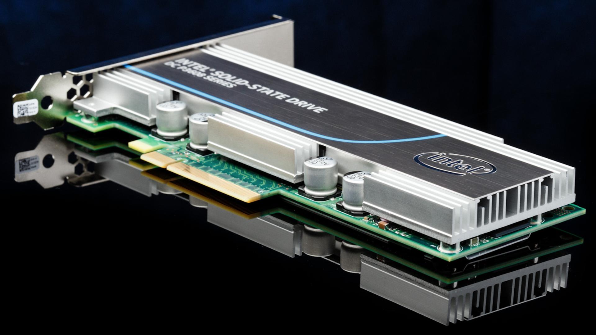 Intel представил самый быстрый SSD-накопитель
