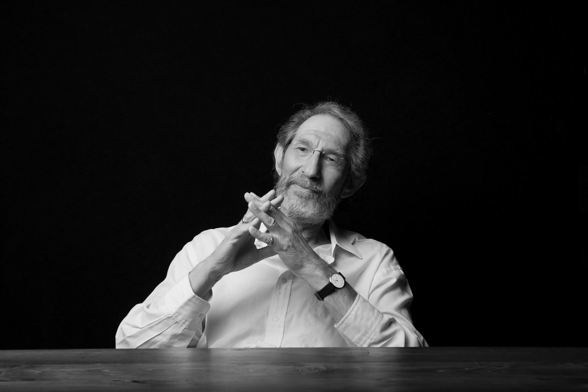 Кривая обучения и кривые руки: неуемная фантазия + исследования физика Джеффри Уэста