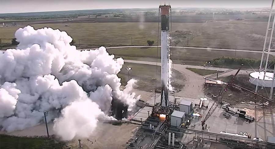 SpaceX провела огневые испытания вернувшейся ступени Falcon 9