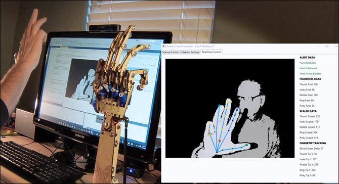 Управление роботизированной рукой с помощью камер Intel RealSense