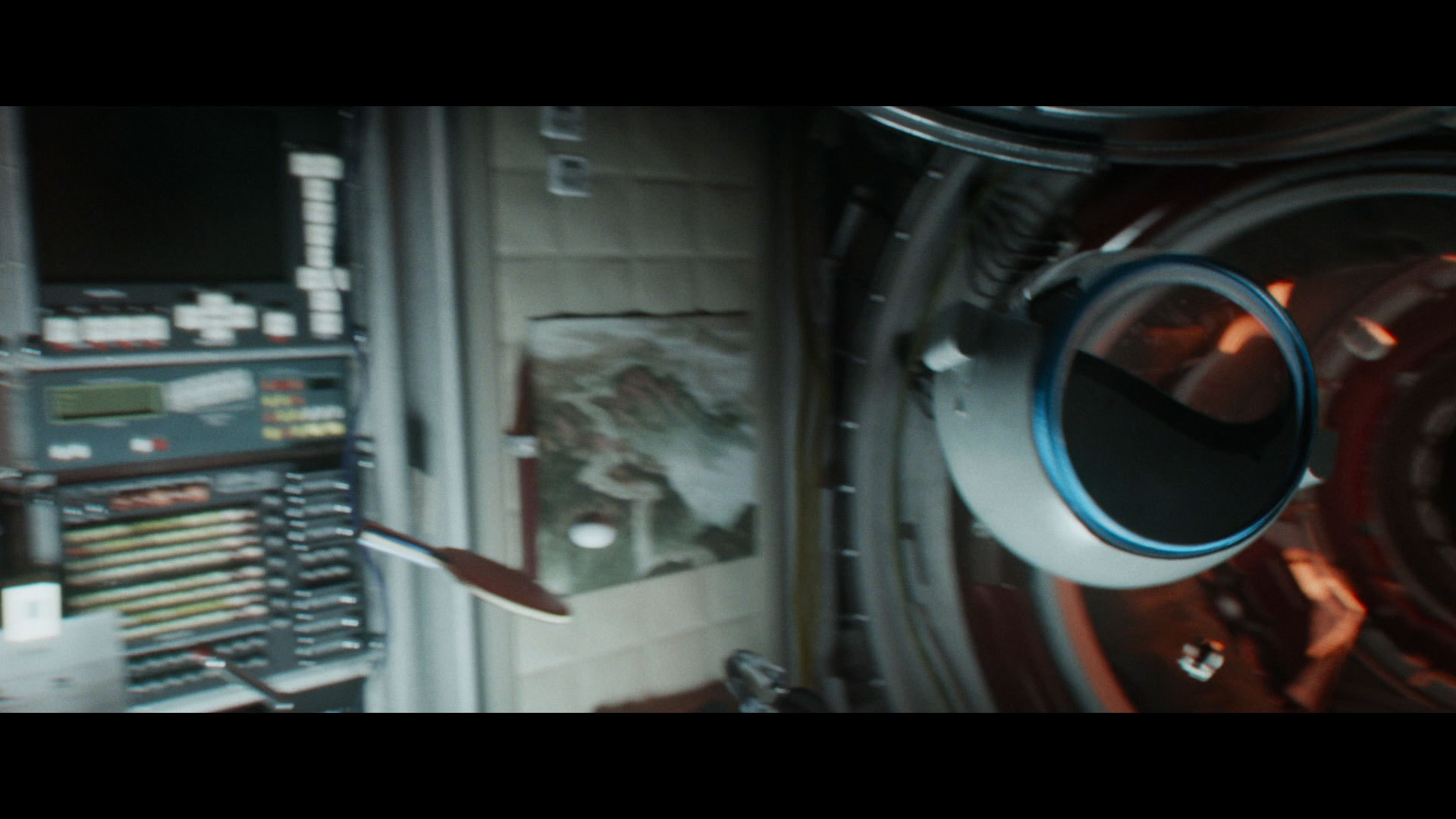 trah-na-korable-film-odna-baba-na-dvoih-muzhikov