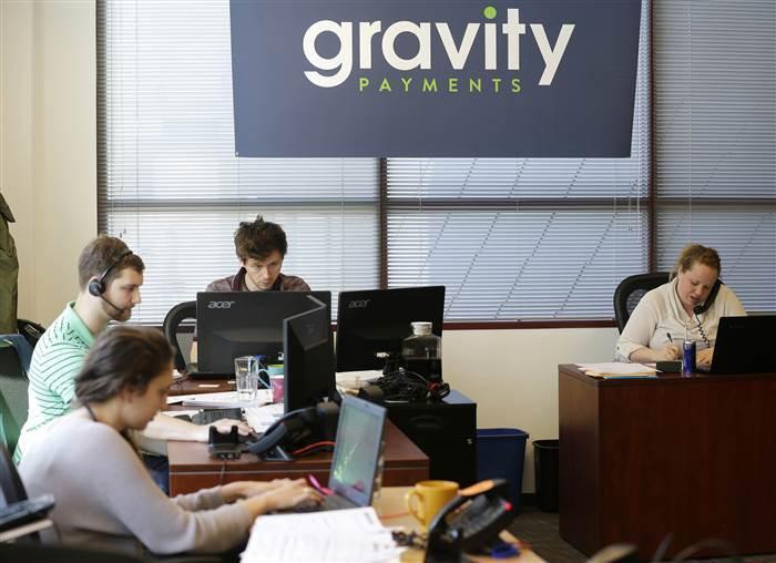 Общение на равных: как один CEO уравнял свою зарплату с зарплатой коллег и повысил лояльность сотрудников