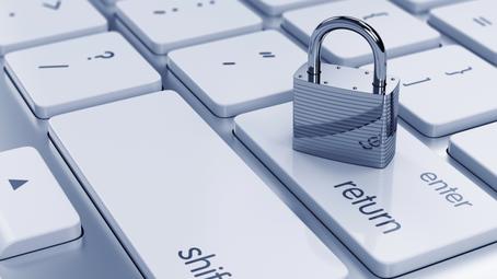 Apple совершенствует механизмы безопасности своих сервисов