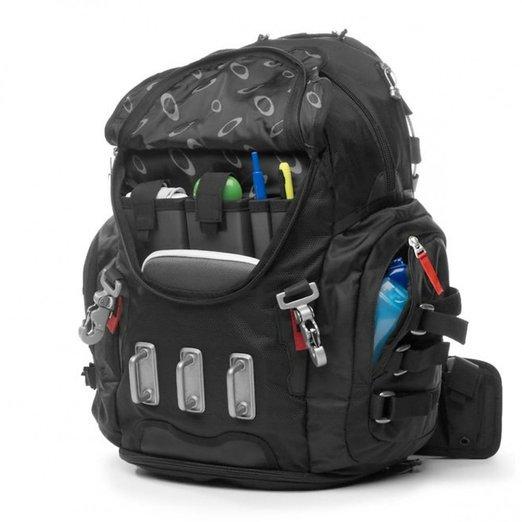Все карабины на рюкзак как нарисовать рюкзак школьный