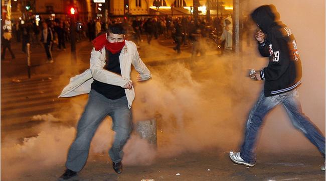 Беспорядки в центре Парижа.