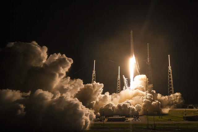 Посадки Falcon 9 становятся рутиной