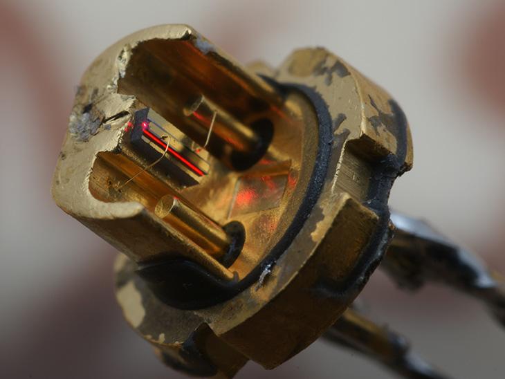 Схема лазерной своими руками