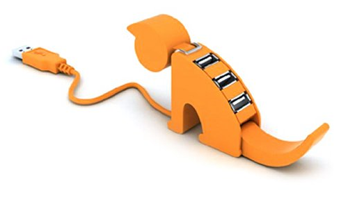 USB кошка сторожит мышку