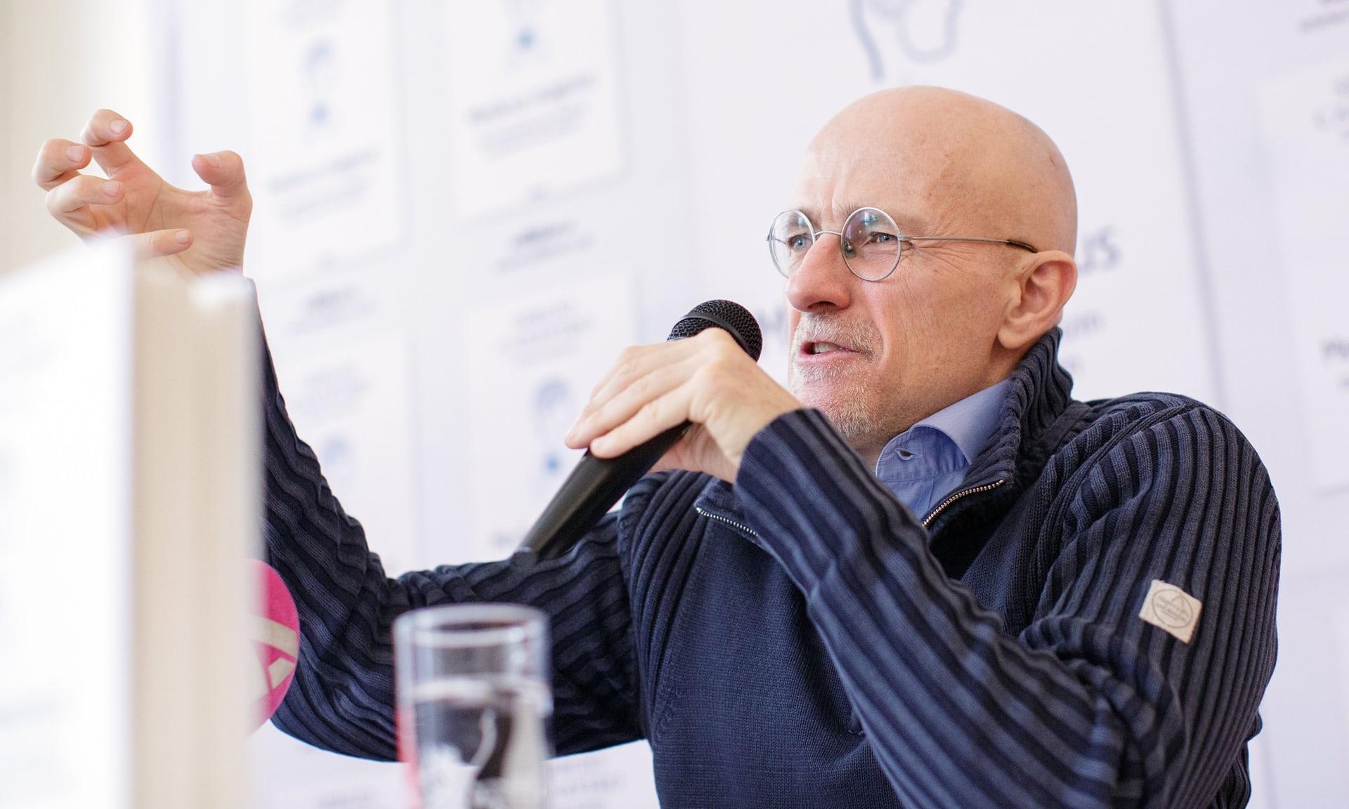 Серджио Канаверо заявил об успешной «репетиции» трансплантации головы человека