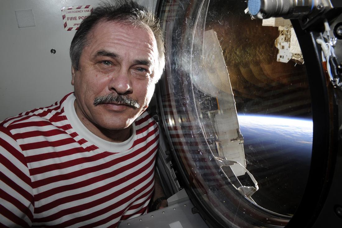 Беседа с космонавтом Павлом Виноградовым о здоровье, невесомости и мутантах