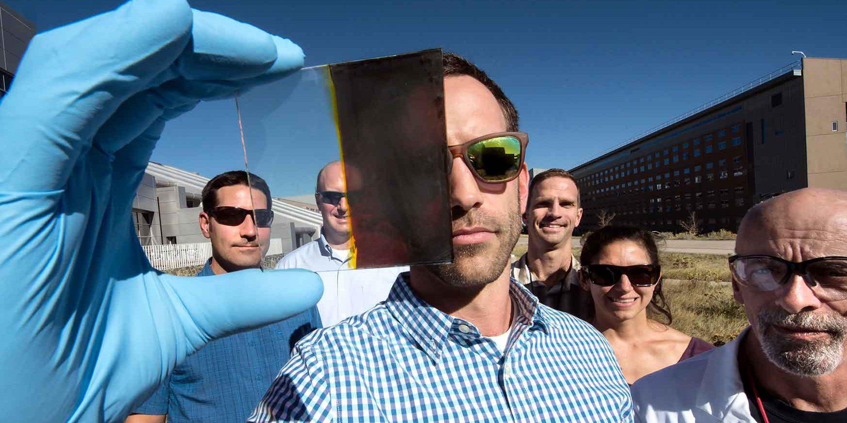 КПД частично прозрачных окон с солнечными батареями превысил 11%