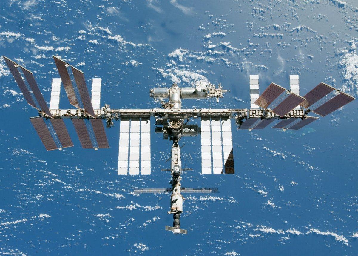 Российские физики считают, что космонавты могут работать на орбите в два раза дольше, чем сейчас