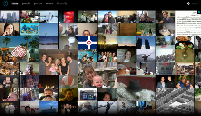 Silverlight Client for Facebook - photo feed