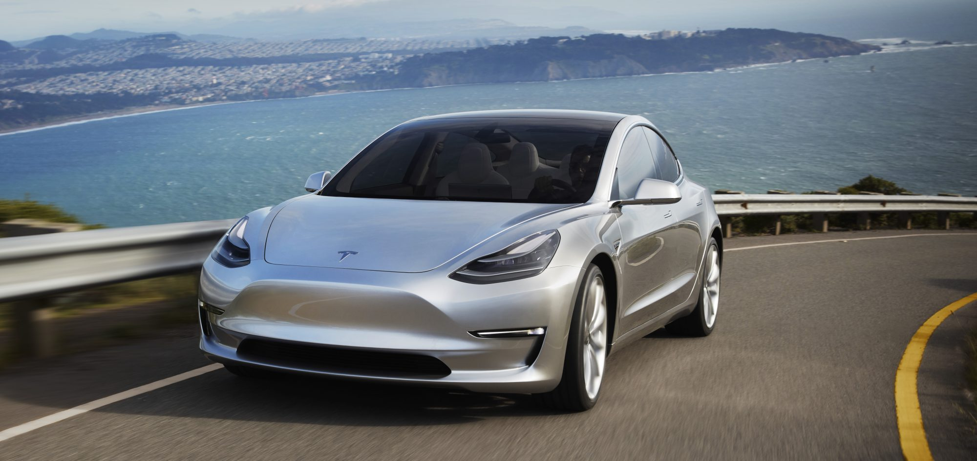 Tesla Model 3: все, что сейчас известно об этой модели электромобиля