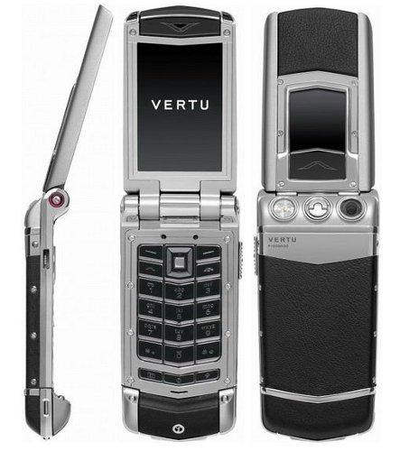 Vertu Constellation Ayxta - первые фотографии пресс-качества